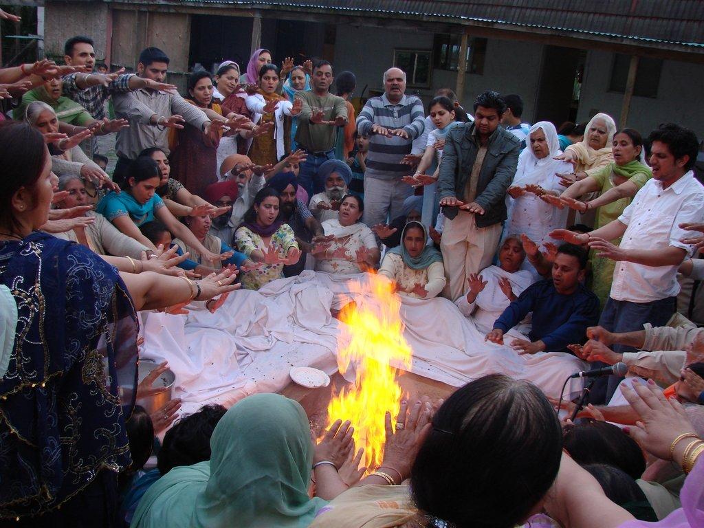 abbotsford-fraser-vallyey-hindu-society-agnikriya-2