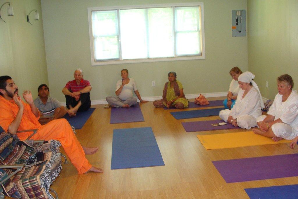 ailsacraig-oso-yoga-center