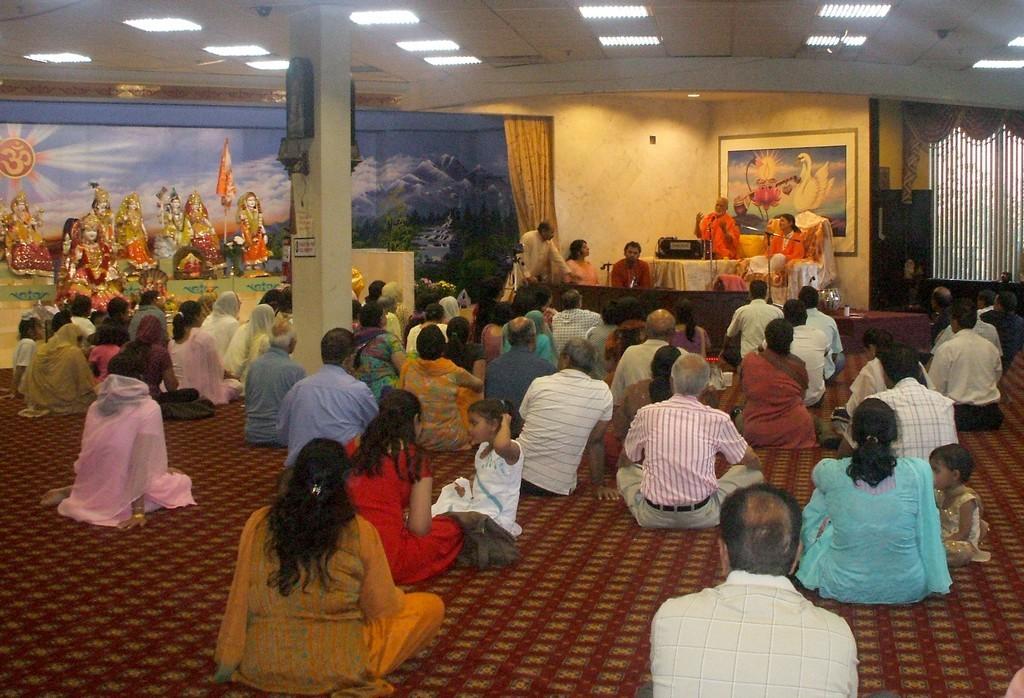 at-temple-bharat-mata-mandir-in-brampton