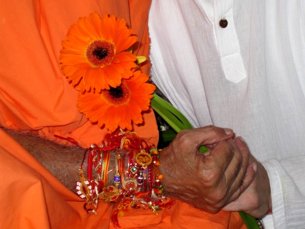 rakshabandhan-festival-the-beauty-lies-in-manifestation-of-all-the-colors