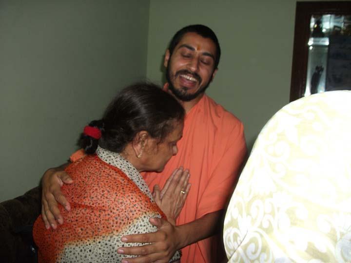 3rd June. Swami Suryendu Puri Ji. Spreading Love
