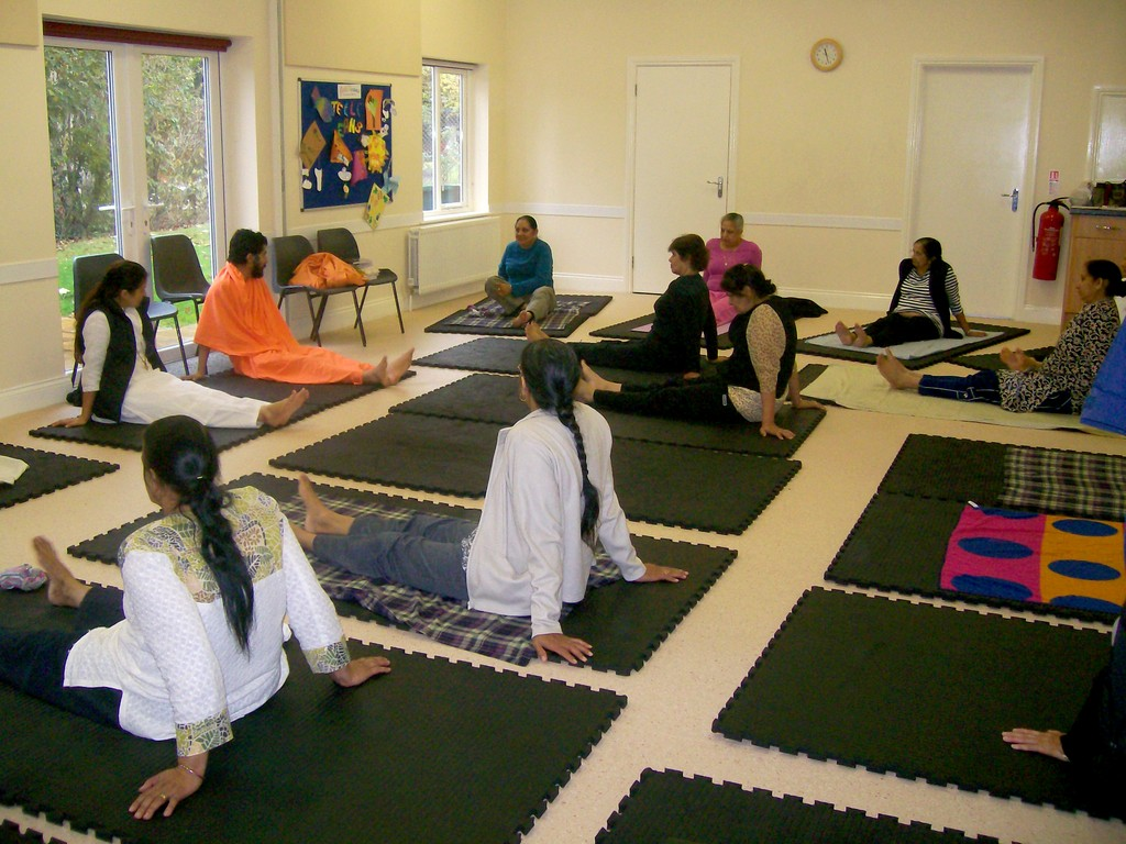 18-at-a-yoga-center-in-slough