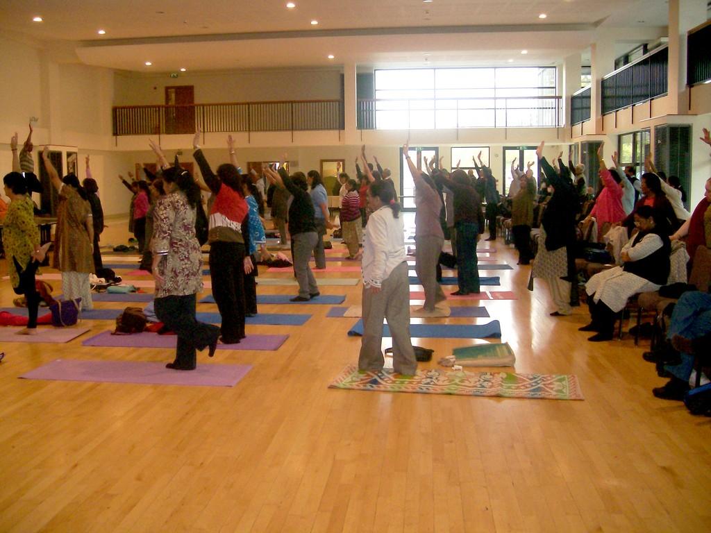19-at-navjiwan-yoga-kendra
