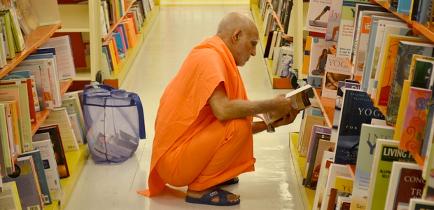 1 Swami Buddh Puri Ji at Worlds Biggest Book Store