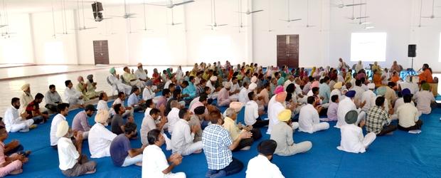 Swami Suryendu Puri in montly Satsang