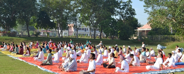 Dusshera Sadhana Shivir from Oct 19-22, 2015 was as power packed as ever. Shown above a scene from one of the Surya Kriya sessions.